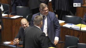 UTENRIKS: Finlands utenriksminister er mot abort  – Mistillitsforslag mot ham ble nedstemt